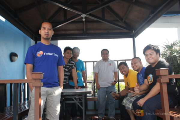 Mozilla Reps taking a break during the intensive 2-day planning session in Makati City.